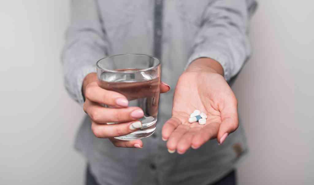 Нарколог на станции метро ВДНХ — вызов нарколога на дом, вывод из запоя и кодирование